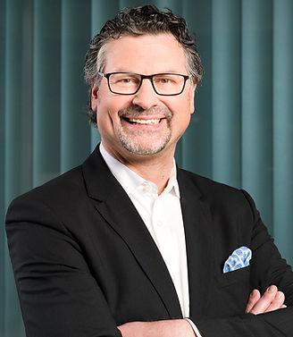 Elmar Baur