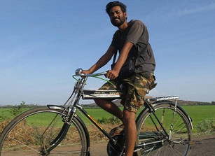 This MBA dropout went on a year-long journey documenting the lives of 52 innovators across India
