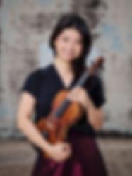 Pei-Ju Wu, violinist & volin teacher