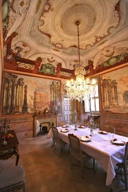 VILLA-DINING-ROOM-853x1280