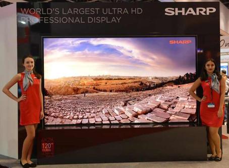 SHARP produce il più grande display 8K LCD al mondo