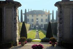 Villa-Balbiano-Garden-entrance-1912x1280