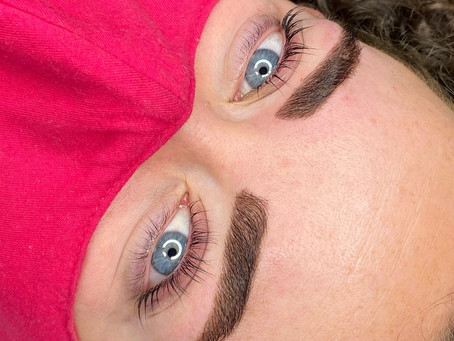 Get lovely eyebrows and lashes with our quality lash and brow treatments of your choice!