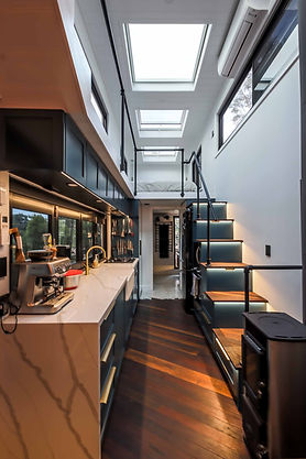 ULTRA-MODERN-TINY-HOUSE-7_.jpg