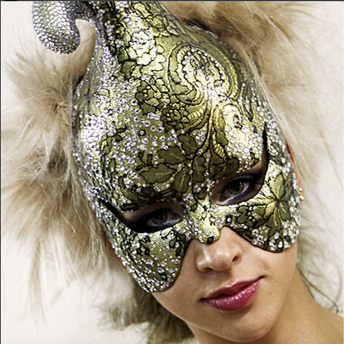 "Glam Fashion Mask ""Priscila"" Price on request"