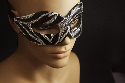 "Half-mask ""Laura"""