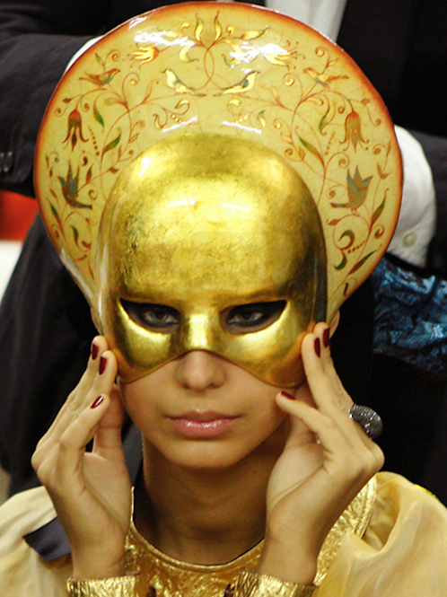 """Mask """"Liberty – Gold"""" Price on request"""
