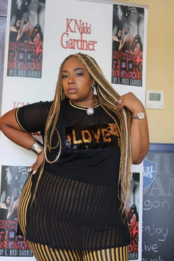 Leonna Beautiful-Poetress