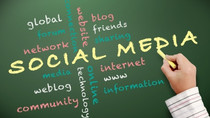 """""""Newsfeed"""": Capitalizing on Social Media in 2014"""