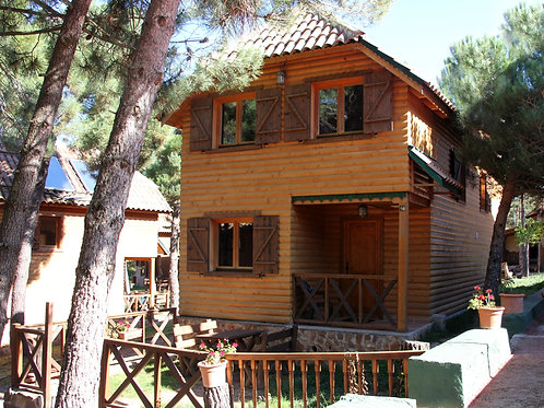 Casa de Madera con Jacuzzi  ( T/ Alta)