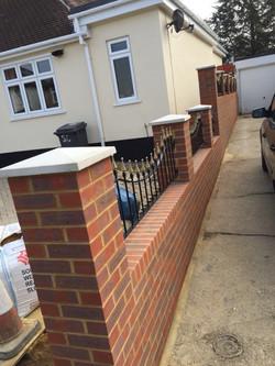 Side driveway wall