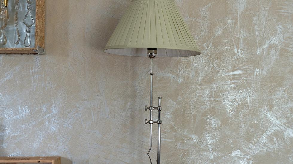Lampe trompette avec abat jour