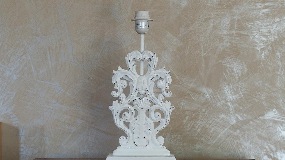 Lampe bois sculpté