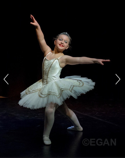 Ella - Ballet Solo