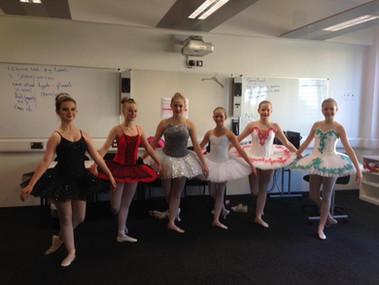 Isabelo, Lauren, Ellie, Issie, Gemma & Farrah - Ballet Solos