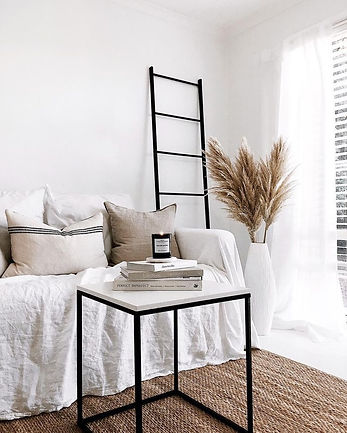 Home decor with pampas grass