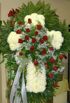 Cross 24 Roses