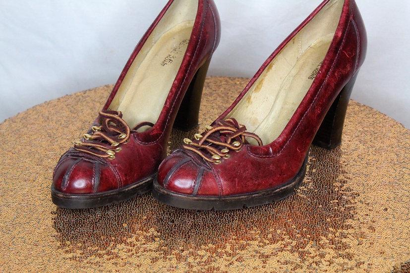 Teach Michael Vintage Heels