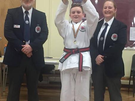 Presentation and Mini Championships