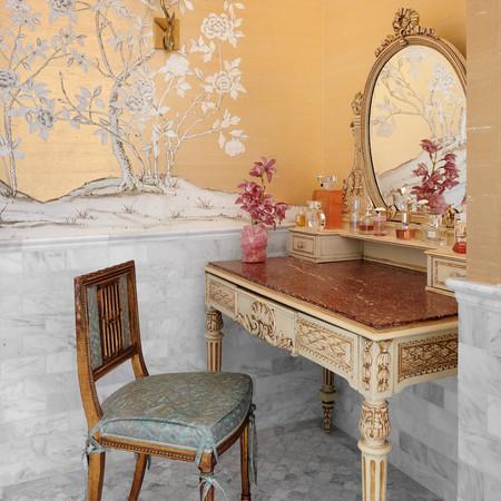 Elegant Estate - Master Bathroom