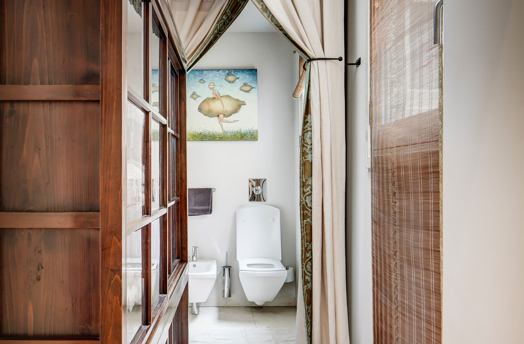 Patrician Suite bathroom IV.jpg