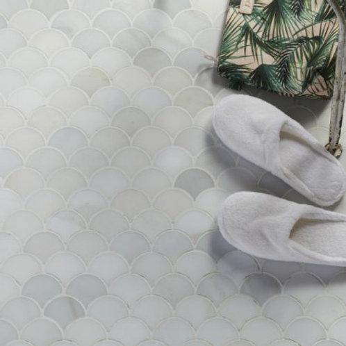 Zen Scallop Marble Mosaic Honed