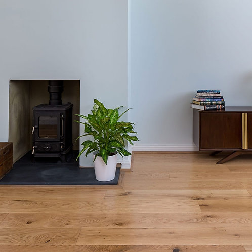 150mm Wide Oak Rustic Satin Lacquered
