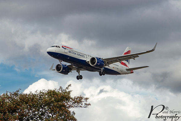 British Airways airbus on final approach to Heathrow