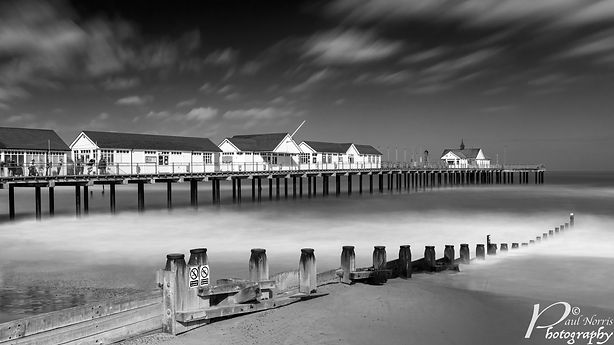 Southwold pier, long exposure in Black & White