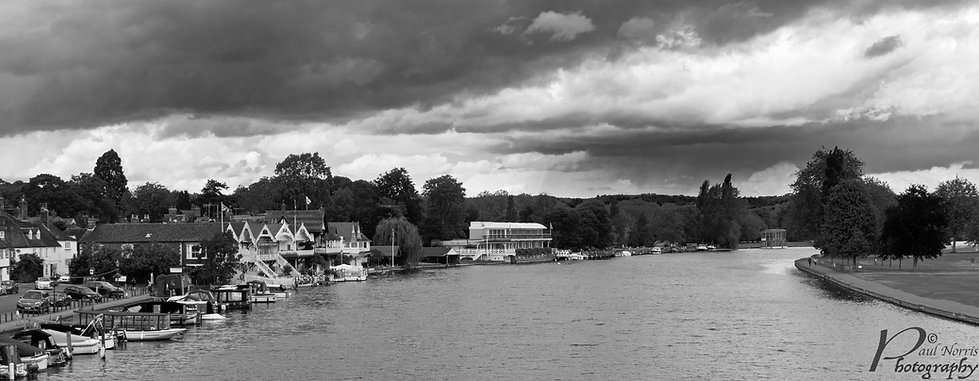 Storm clouds over Henley on Thames