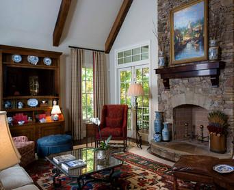 East Cobb Livingroom_1.jpg