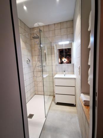 Salle de bain privative de la chambre 1 de l'Archipel