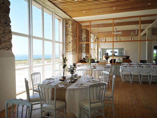 salle avec vue mer