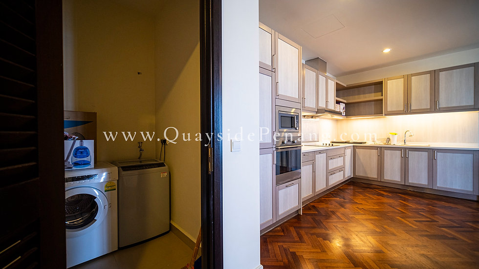 Quayside - 1+1 beds   1,371 sq ft