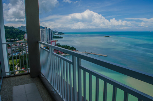 master suites private balcony