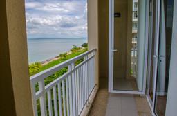 master suites balcony