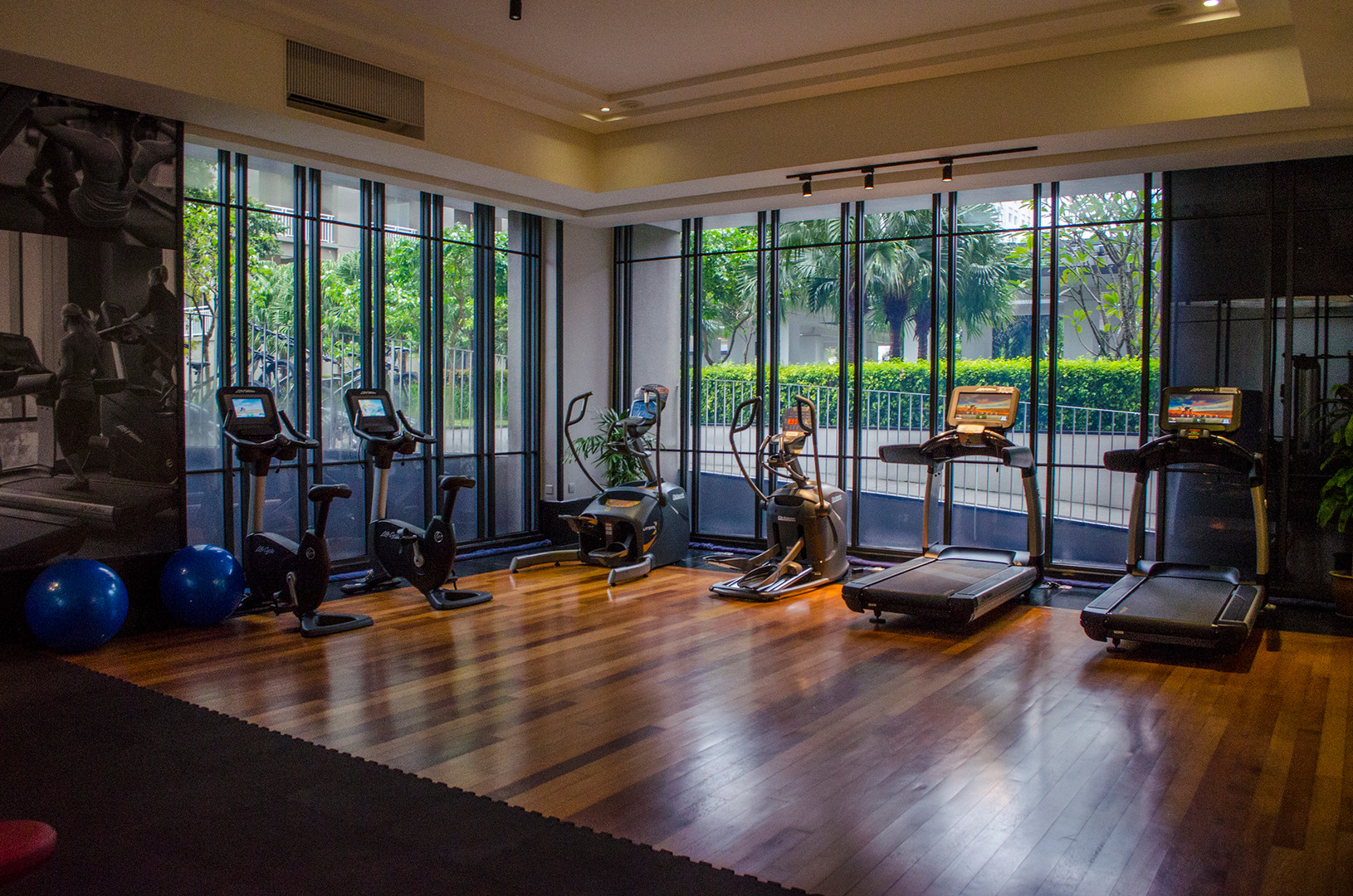 private gym room only for 18 East residents
