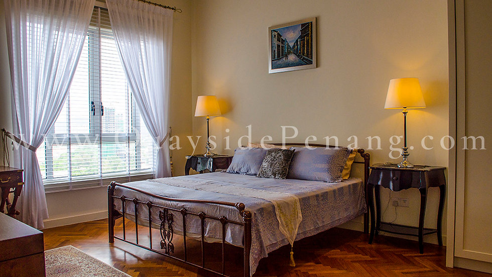 2+1 beds | 2,101 sq ft