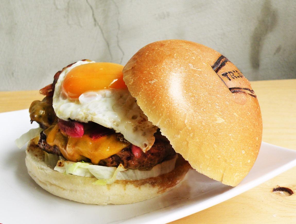 egg_burger_social_edited