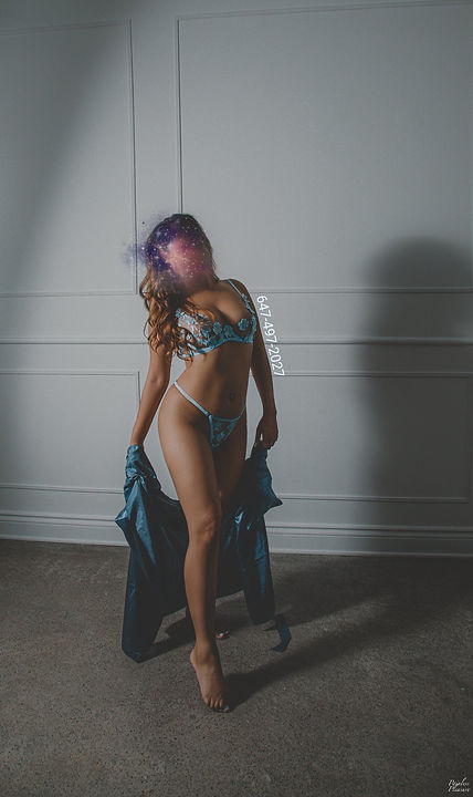 blurrred standing blue.jfif