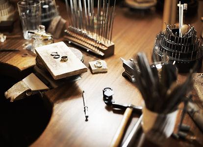 Riccha, luxury craftsmen, fine jewellery manufacturer, buy and sell fine jewellery