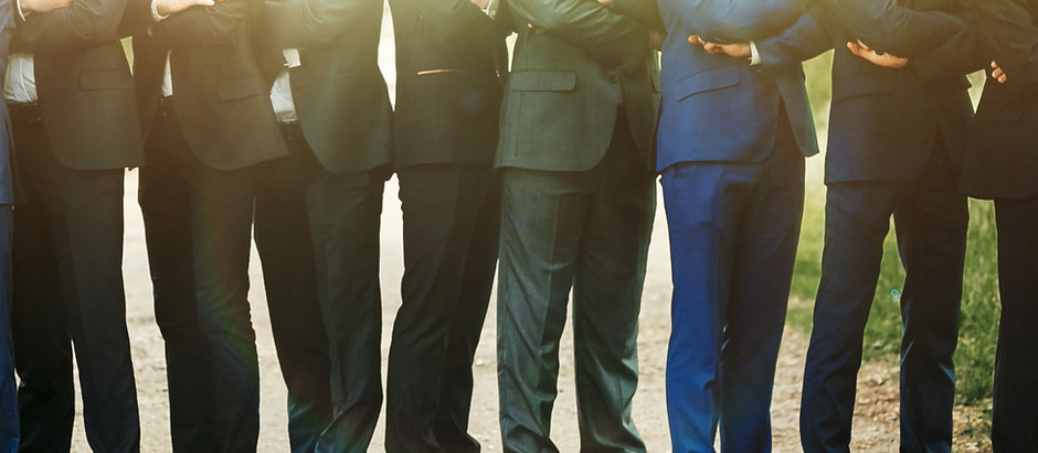 Setting Yourself Apart With Your Professional Attire