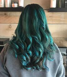 Long Green Elumen Curls