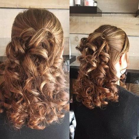 Soft romantic curls halfup style