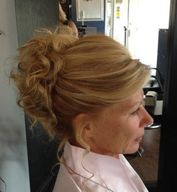 Full Upstyle with Curls
