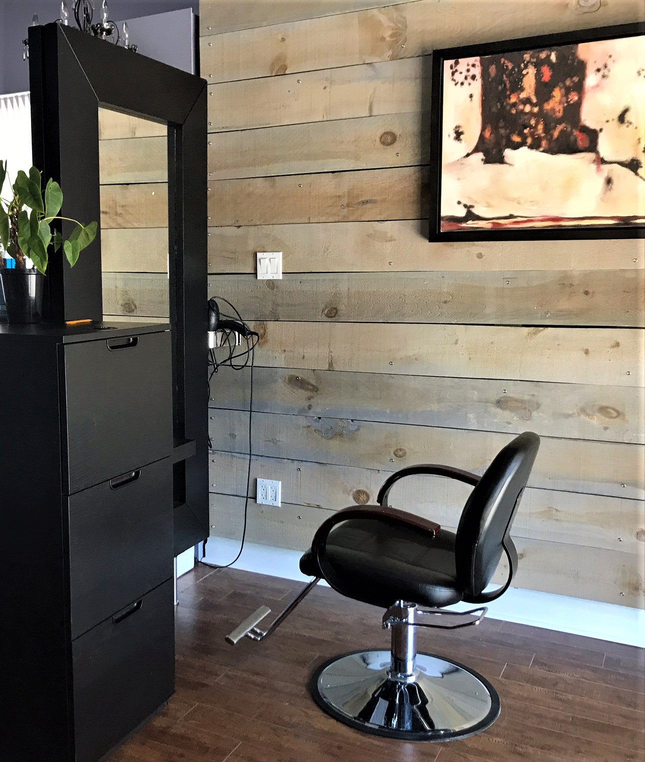Stylist Station