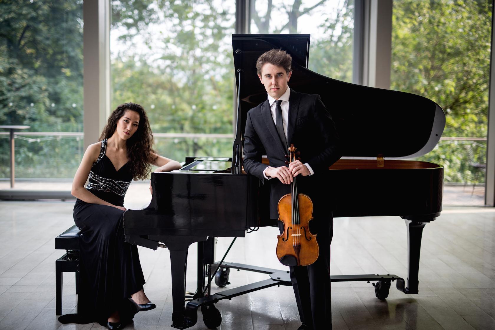 The Ezra Duo_Promo Photo_5_reduced