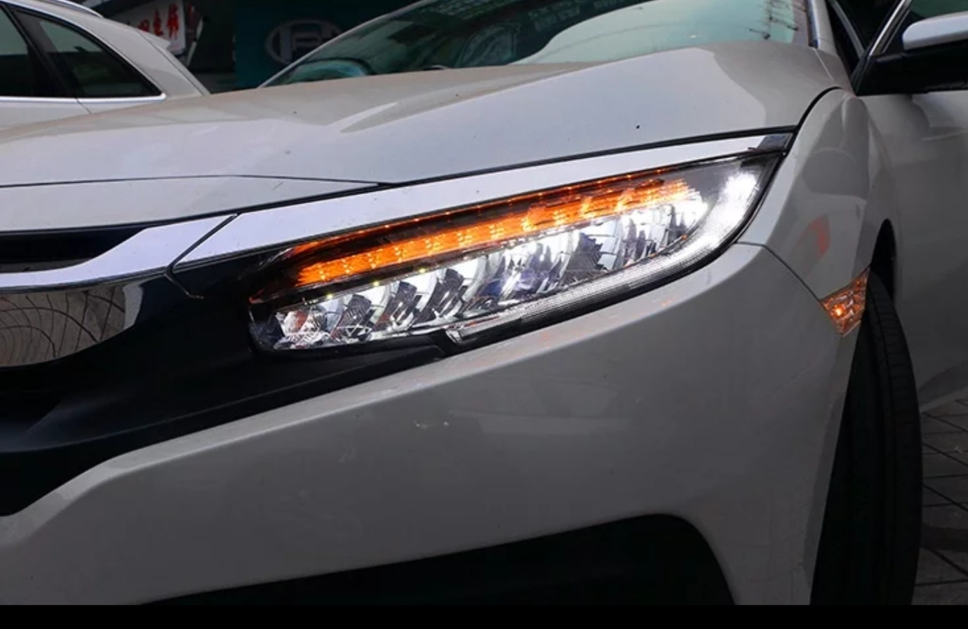 Farol LED CIVIC