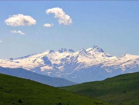 Գիտե՞ք, թե,,, Արագած լեռը