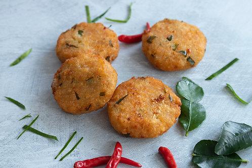 Kaffir Lime Leaf & Chilli Cassava Cakes (5pcs)
